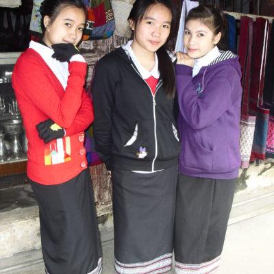 Laos, Luang Prabang schoolgirls